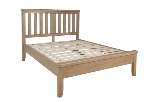 Sorrento 4'6 Bed with Wooden Headboard